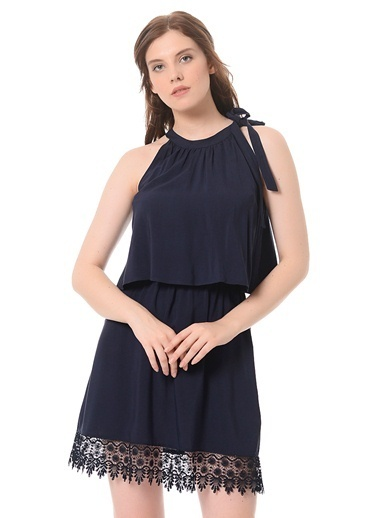 Dantel Detaylı Kısa Elbise-Only